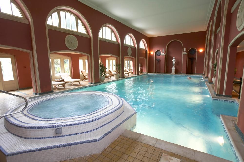 spa-pool-jacuzzi