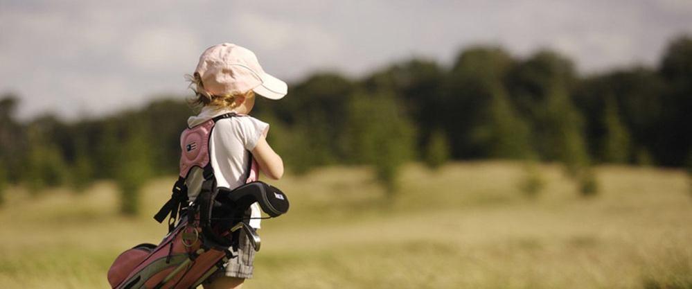 girl-golfing