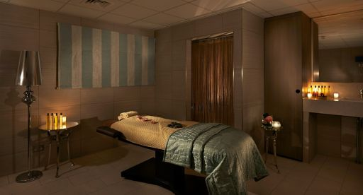 spa-treatment-room-1
